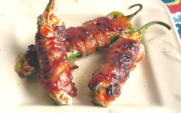 Are you looking for a new Super Bowl appetizer that your men-folk will enjoy?? Here you go! My guys go completely BONKERS over these little bombs of bacon, venison, and cream cheese....all nestled and wrapped into a jalapeno.