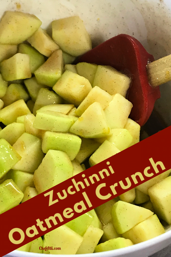 No one can guess that apples are replaced with zucchini in this Oatmeal Crunch.